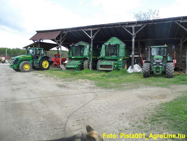 Gépszín JD traktorok és kombájnok